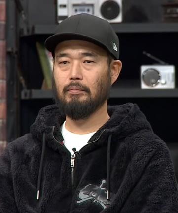 이현배 빈소가 마련돼 동료 연예인들이 조문을 하고 있다./ 사진=JTBC '슈가맨' 캡처