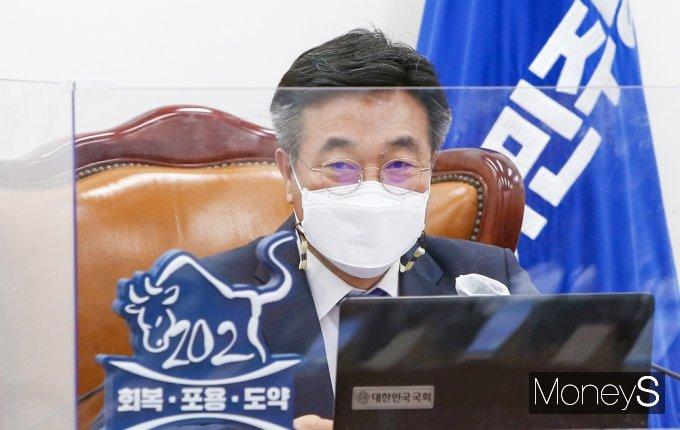 [머니S포토] 의원총회 소집한 민주당 윤호중