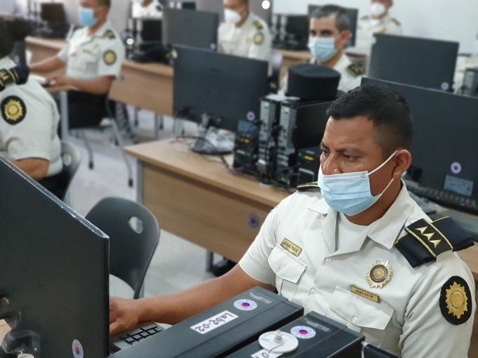 과테말라 경찰청의 과학수사 요원들이 코이카와 한국 경찰청이 20일(현지시간)부터 진행하는 역량 강화 연수를 받고 있다. /사진=코이카