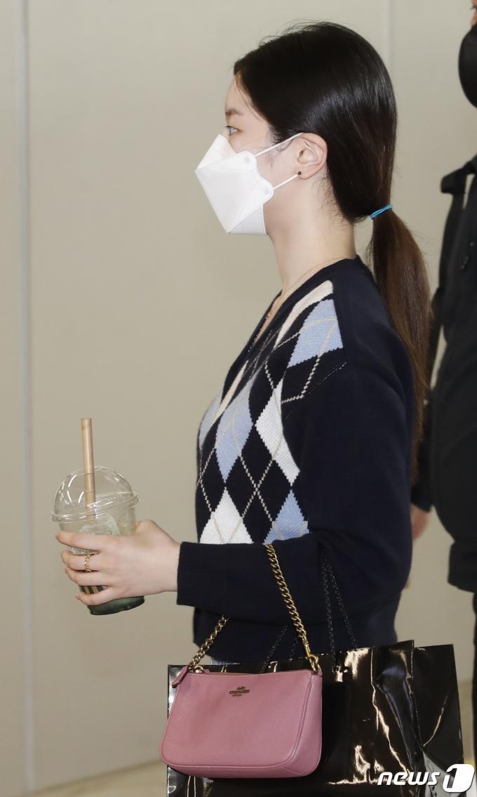[사진] 트와이스 다현, 돋보이는 인형 미모