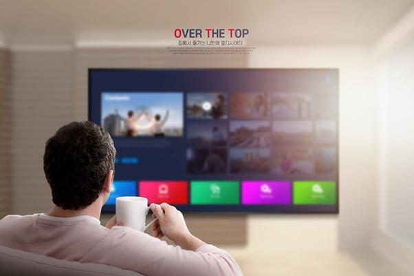 코로나 집콕으로 디지털 콘텐츠 이용이 늘어나면서 인터넷 상품 가입도 증가하고 있다. /사진제공=당현함