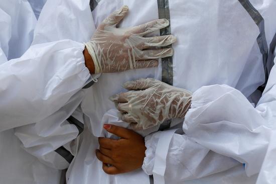 인도, 코로나19 '삼중 변이' 발견…전염력 더 강하다