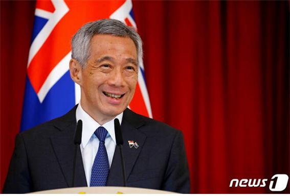 리센룽 싱가포르 총리가 지난해 한 국제행사에서 연설을 하고 있다./사진=로이터
