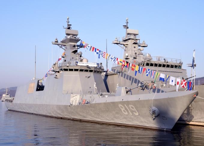 지난 1월 경남 진해 군항에서 해군의 신형 호위함인 경남함(FFG-ll, 2800톤급) 취역식이 진행됐다. /사진=뉴스1(해군작전사 제공)