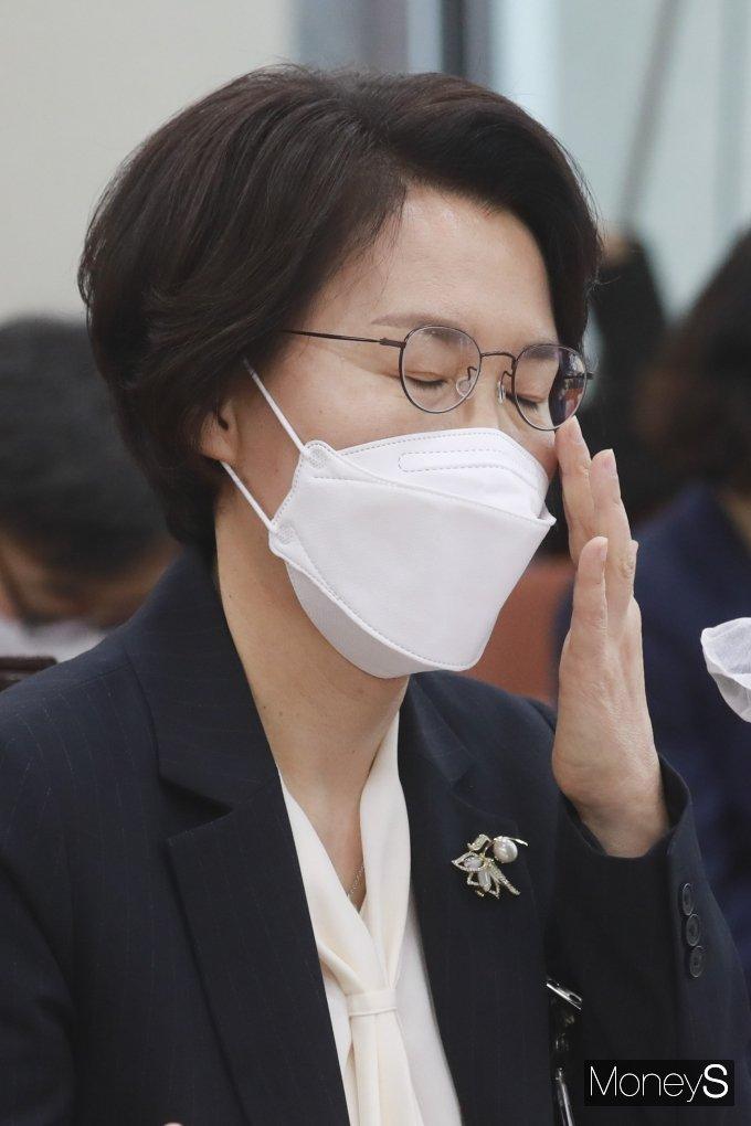 [머니S포토] '의혹 속출' 임혜숙 장관 후보자 인사청문회