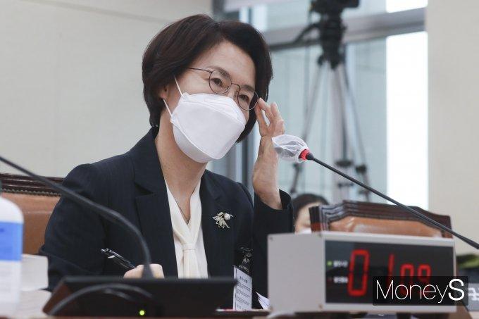 [머니S포토] 의원 질의 답하는 임혜숙 과기부 장관 후보자