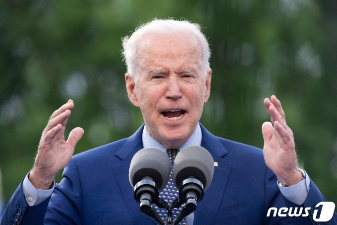 조 바이든 미국 대통령이 독립기념일인 7월4일까지 미국 성인 70%가 신종 코로나바이러스 감염증(코로나19) 백신을 '적어도 한 번'은 접종할 수 있도록 하겠다는 목표를 세웠다./사진=로이터