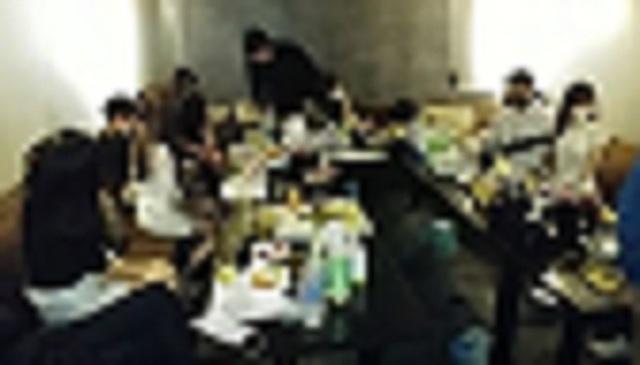 집합금지 명령을 어긴채 상습적으로 불법영업을 하던 서울 서초구의 유흥업소가 경찰에 적발됐다. /사진=뉴시스(서초경찰서 제공