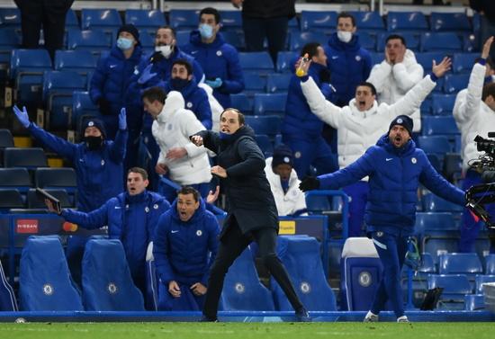 첼시 토마스 투헬 감독이 6잃 오전(한국시각)에 열린 레알 마드리드와의 챔피언스리그 4강 2차전 홈경기에서 승리해 결승행이 확정되자 기뻐하고 있다. /사진=로이터