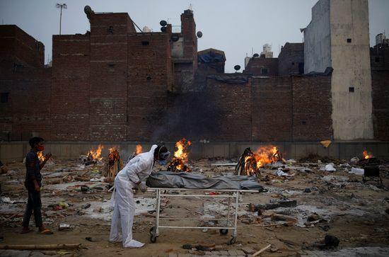 인도, 확진자 41만명 '세계 최고치'… 사망자 자국 최다