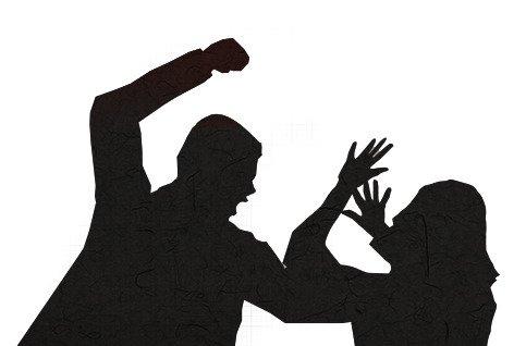 60대 남성이 동거 여성을 살해하고 지인에게 흉기를 휘두른 혐의로 검찰에 송치 됐다. /사진=뉴스1