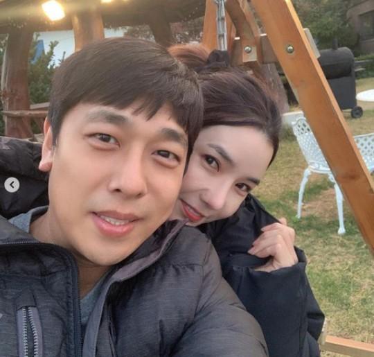 전 쇼트트랙 선수 출신 김동성이 연인 인민정과 법적 부부가 됐다. /사진=인민정 인스타그램