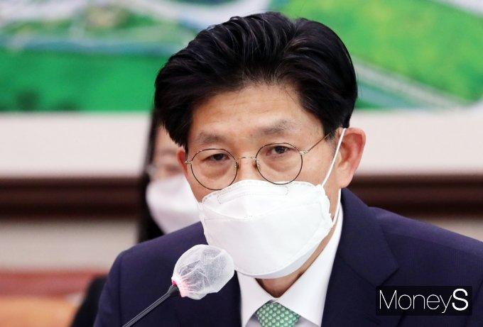 """노형욱 등 부적격 장관 후보 임명 무산되나?… 靑 """"아직 국회의 시간"""""""