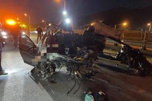 전주서 승용차 전복 사고… 1명 사망·4명 중상