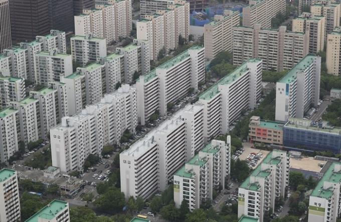 """집이 500채인데 보증금은 """"못줘""""… '집주인 모녀' 수사"""
