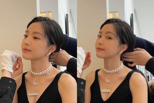 손나은이 화보 촬영 비하인드컷을 공개했다. /사진=손나은 인스타그램