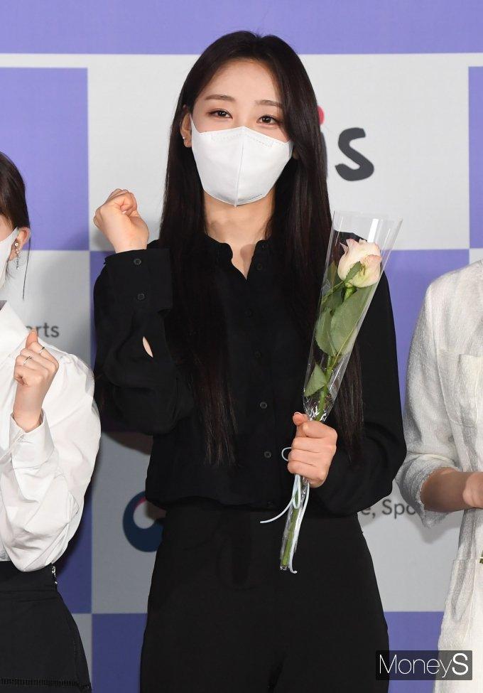 [머니S포토] 이달의 소녀 이브 '꽃처럼 예쁜 미모'