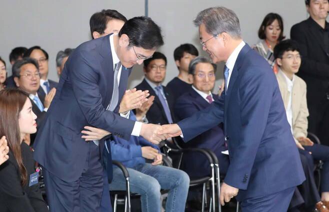 """""""이재용, 8·15 사면 가능해졌다""""… 청와대 결심 임박"""