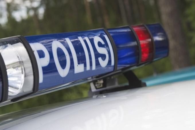 마스크 착용을 요청하는 종업원에게 아이스크림을 던진 50대 여성 A씨의 사연이 알려졌다. 사건 직후 그는 경찰에 입건됐다. 사진은 기사 내용과 관련 없음. /사진=이미지 투데이