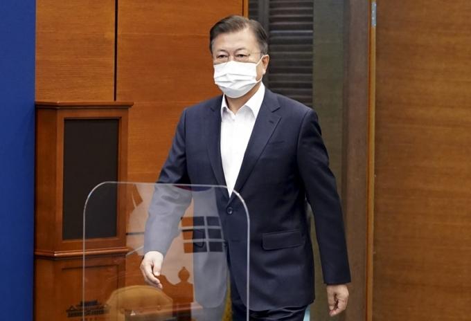 문 대통령, 국회에 장관 후보자 3인 청문보고서 재송 요청