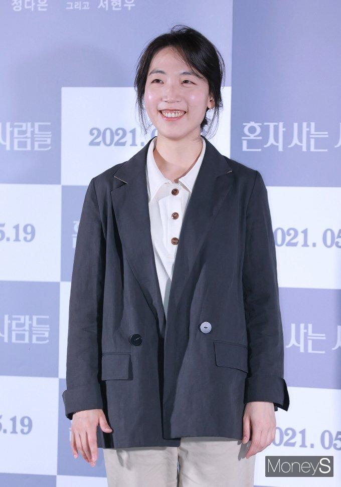 [머니S포토] 홍성은 감독 '환한 미소'