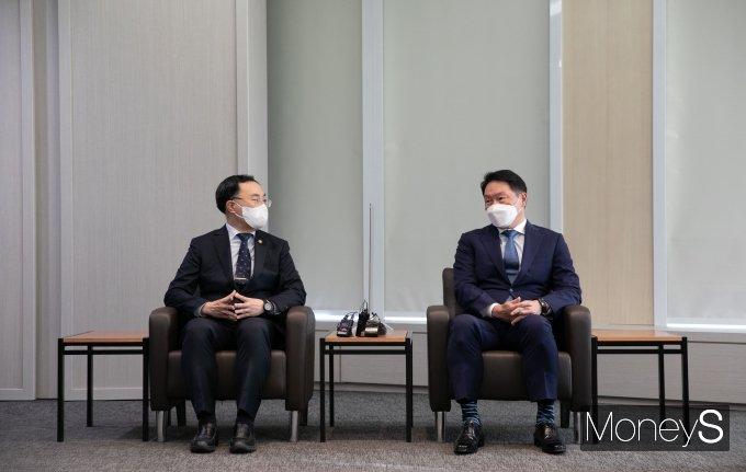 """[머니S포토] 문승욱 산업장관 """"탄소중립이 기업들에게 큰 도전"""""""