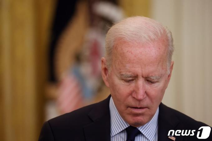 조 바이든 미국 대통령이 2021년 5월 7일 백악관 이스트룸에서 일자리 법안 관련 연설을 하고 있다. © 로이터=뉴스1 © News1 최서윤 기자