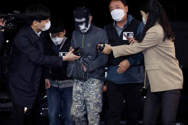 인천지검은 지난해 12월 친누나를 무참히 살해한 뒤 농수로에 시신을 유기한 20대 남성을 재판에 넘겼다고 13일 밝혔다. /사진=뉴스1