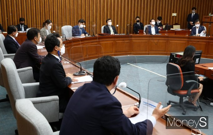 [머니S포토] '김부겸 국무총리 인사청문특별위원회'