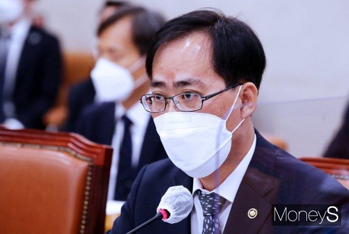 """박준영 해수부 장관 후보 사퇴… """"대통령께 부담"""""""