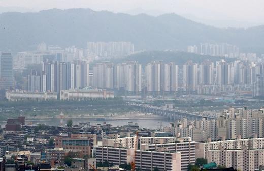 쭉쭉 오른 서울 아파트값… 토지거래허가구역 묶었지만