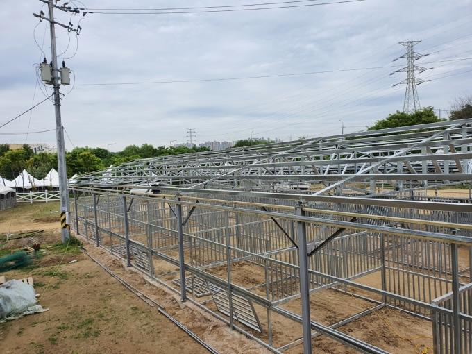 서울시 승마협회가 구리시 개발제한구역내에 설치한 마방. / 사진제공=구리시