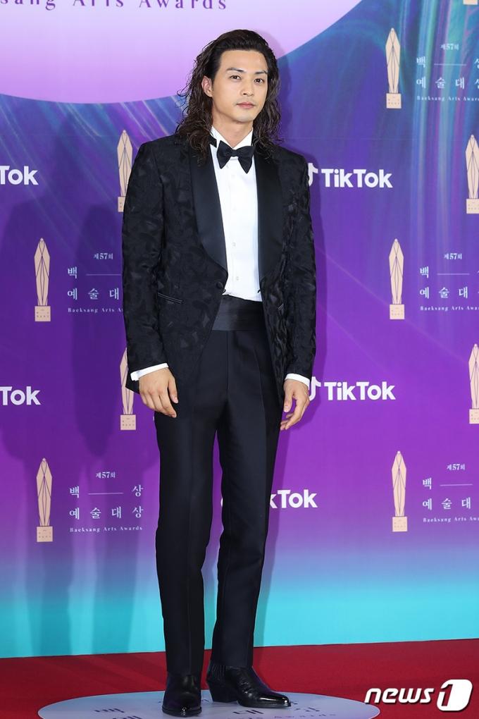 [사진] 김지훈, 근사한 장발