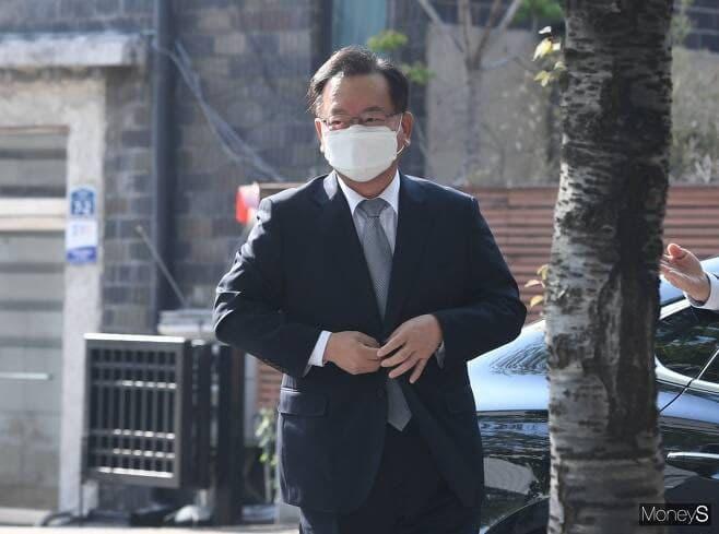 김부겸, 오늘부터 국무총리 임기 시작… 임명안 재가