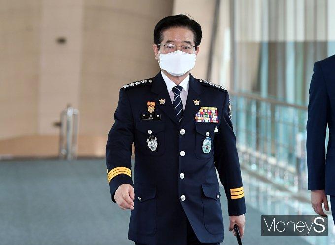 [머니S포토] 국무총리 취임식 참석하는 김창룡 경찰청장