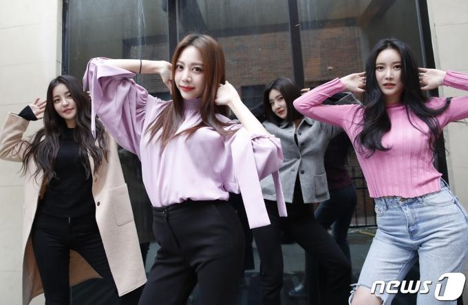 브레이브걸스(BraveGirls) 유정(왼쪽부터), 은지, 유나, 민영© News1