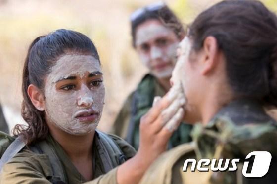 이스라엘 여군들의 모습. © AFP=뉴스1