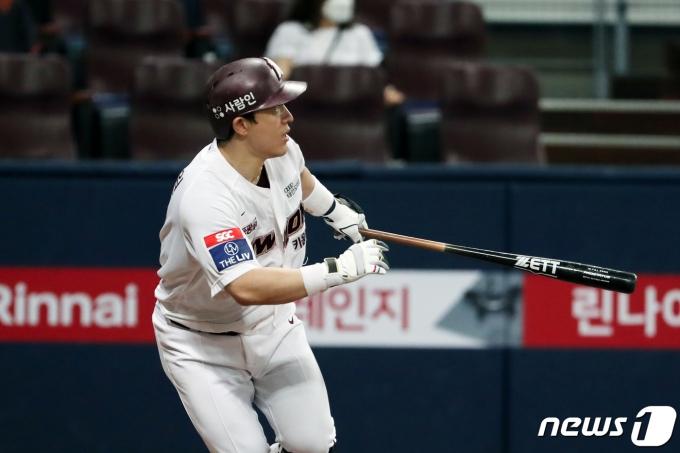 [사진] 키움 박동원 '이번엔 3점 홈런'