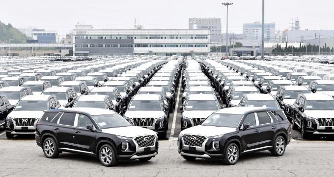 토요타 랜드크루저 대신 현대차 팰리세이드가 콩고민주공화국 정부 관용차로 채택됐다.  /사진제공=현대자동차