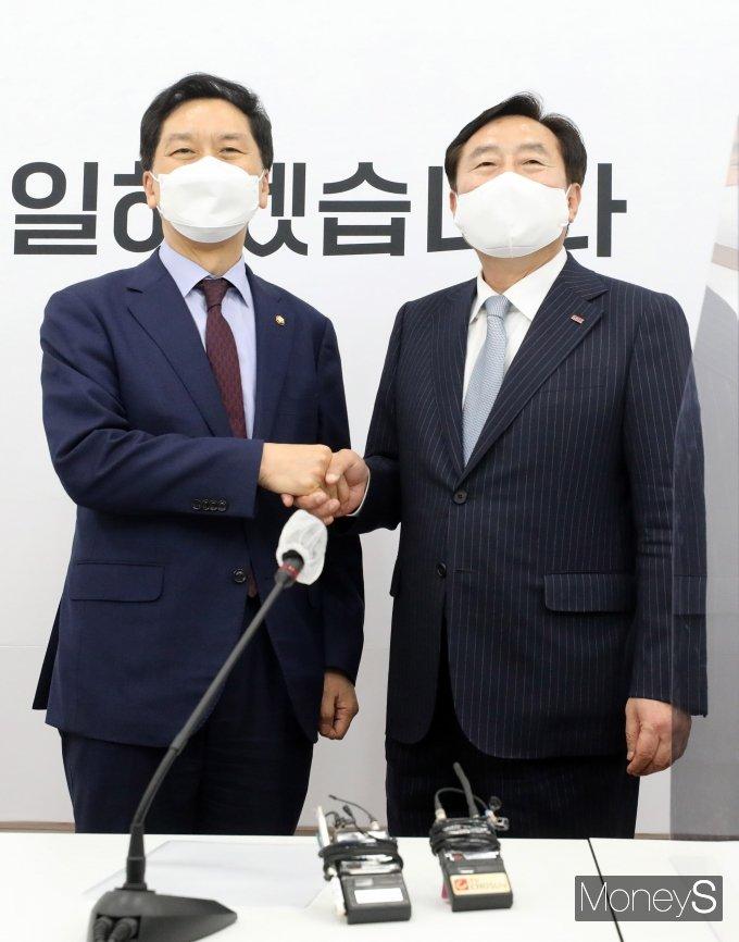 [머니S포토] 김기현 권한대행, 김기문 중기중앙회장 접견