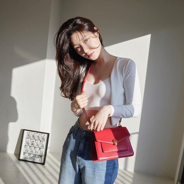 """정채연, 섹시 청순 스타일… """"피부가 새하얗네"""""""