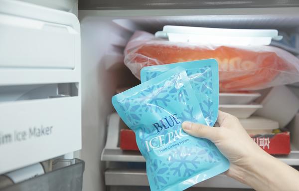 2023년부터 플라스틱의 일종인 고흡수성수지가 포함된 아이스팩에 폐기물부담금이 부과된다. /사진=뉴시스