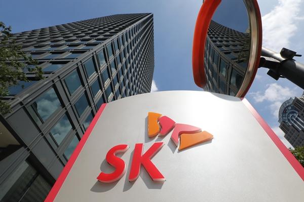 SK이노, 中 기업과 양극재 공장 설립… 배터리 소재 투자