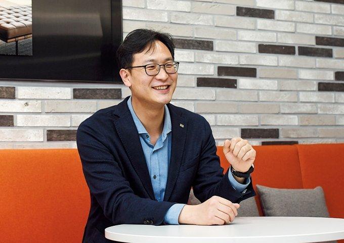 [금(金)튜브가 떴다] 미래에셋증권, 박현주 회장부터 슈퍼주니어까지… '소통 UP'