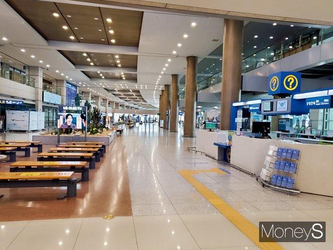 개항 20주년을 맞은 인천국제공항은 해법을 찾기 힘든 초비상 상황에 놓였다. /사진=지용준 기자