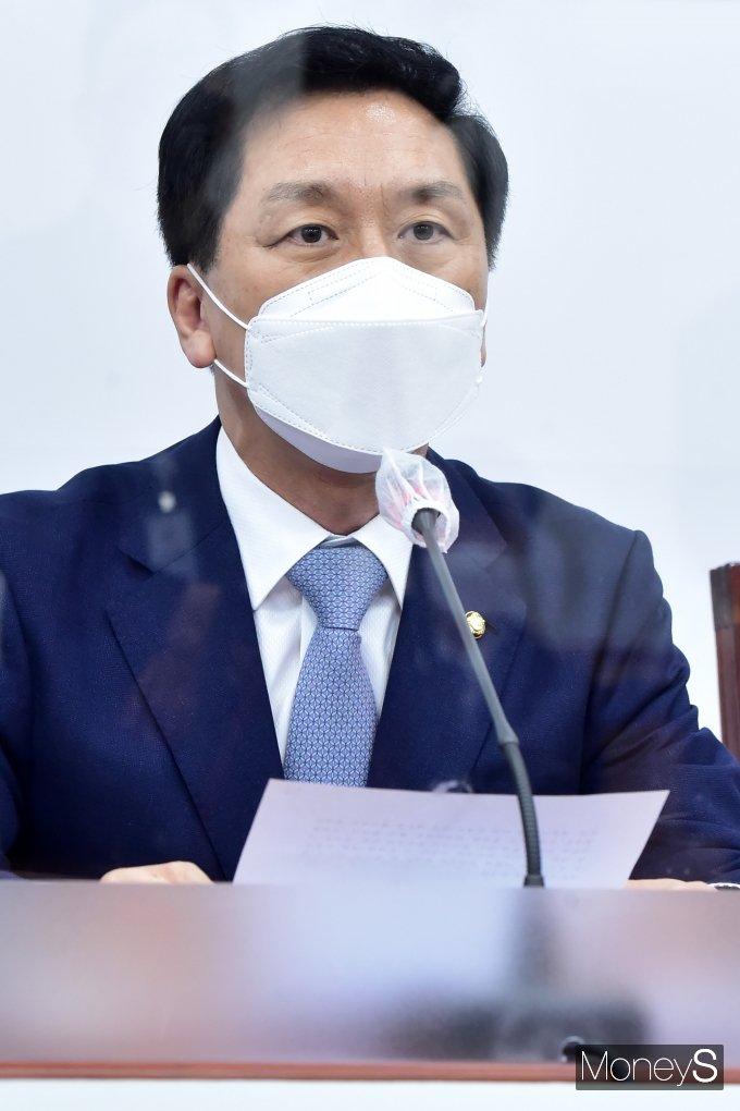 [머니S포토] 국민의힘 비대위, 발언하는 김기현 대표 대행
