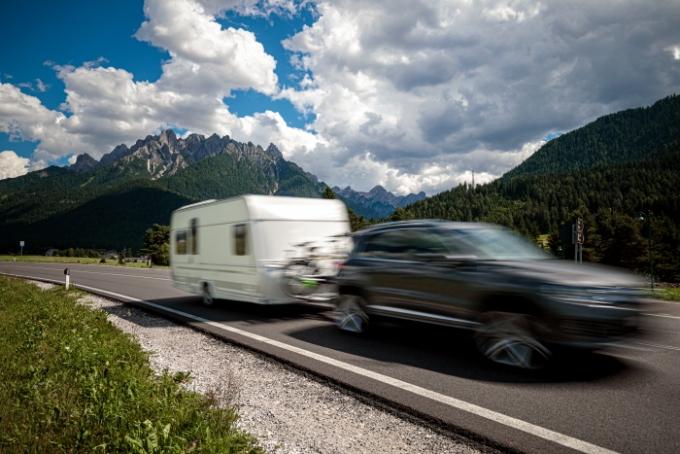 [박찬규의 1단기어] 내 車에 카라반 끌면 고속도로 통행료 달라질까?