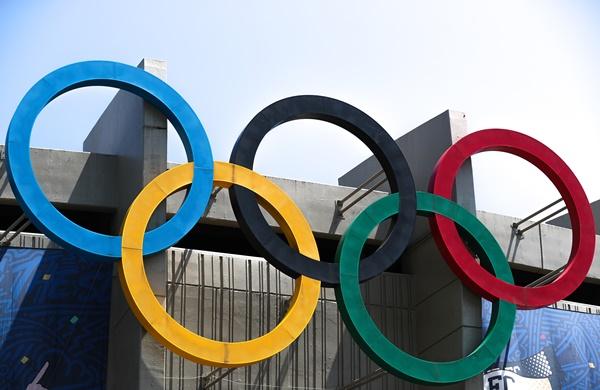올림픽에 참가하는 선수단이 입는 모든 운동복에 독도를 새긴 지도를 넣어야 한다는 주장이 제기됐다. 사진은 지난달 30일 오전 서울 송파구 올림픽주경기장 오륜기 모습. /사진=뉴스1