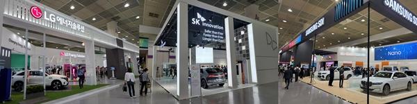 LG에너지솔루션(왼쪽)과 SK이노베이션(가운데), 삼성SDI가 '인터배터리' 행사에 설치한 부스. /사진=권가림 기자