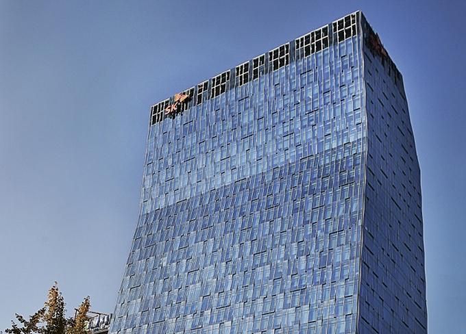 유안타증권은 11일 SK텔레콤에 대해 투자의견 '매수'와 목표주가 37만원을 유지했다./사진=SK텔레콤